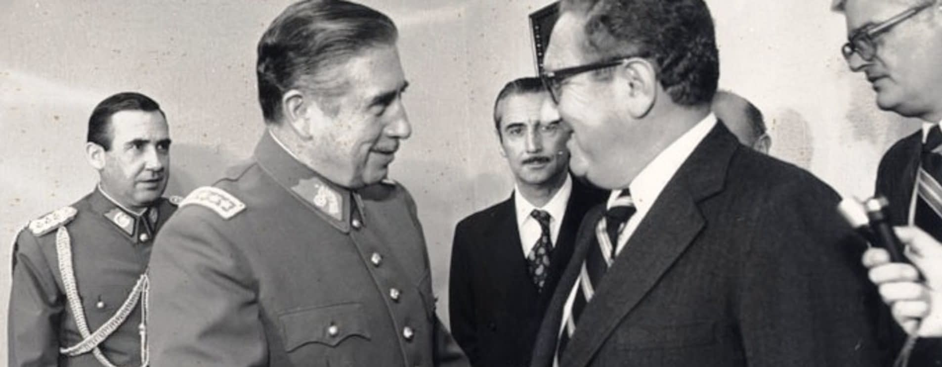 Augusto Pinochet meets Henry Kissinger